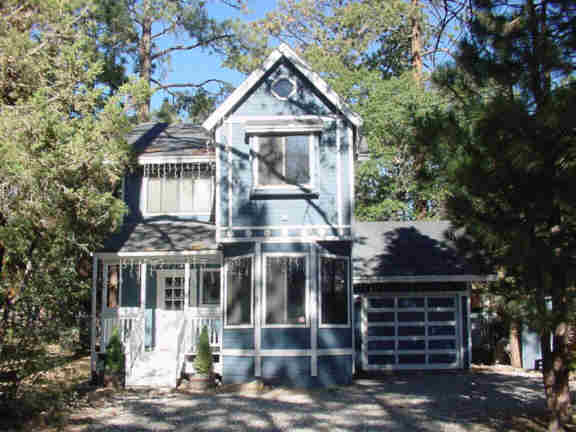 Victoria Big Bear Cabin For Rent